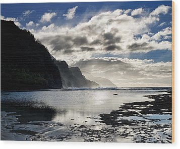 Na Pali Coast Kauai Hawaii Wood Print by Brendan Reals