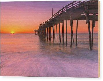 Nags Head Avon Fishing Pier At Sunrise Wood Print