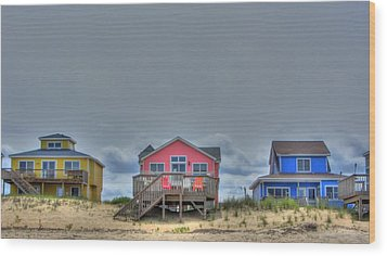 Nags Head Doll Houses Wood Print by Brad Scott