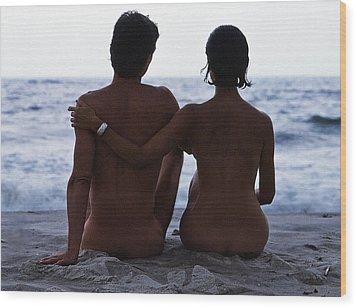 Naked Couple On Beach Wood Print by Stan Fellerman