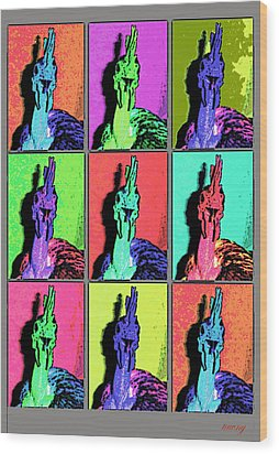Naked Neck Rooster Warhol Style Wood Print
