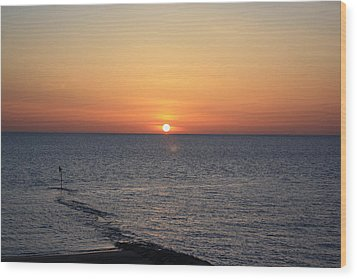 Wood Print featuring the photograph Nantasket Sunrise II Hdr by Greg DeBeck