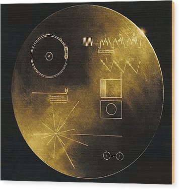 Nasas Voyager 1 And 2 Spacecraft Wood Print by Everett