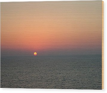 Wood Print featuring the photograph Nassau Sunset by Gary Wonning
