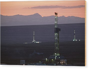 Natural Gas Drilling Rigs Dot Wood Print by Joel Sartore