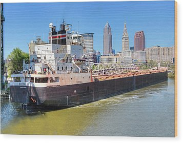 Navigating The Cuyahoga Wood Print