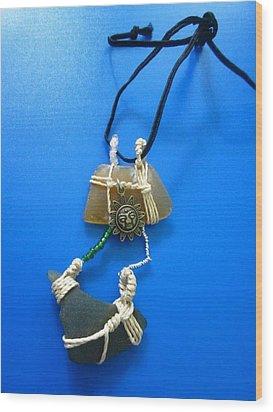 Necklace 2 Wood Print by Lorna Diwata Fernandez
