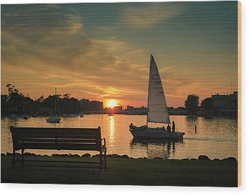 Wood Print featuring the photograph Neenah Harbor Sunset by Joel Witmeyer