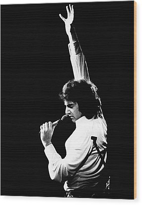 Wood Print featuring the photograph Neil Diamond 1972 by Chris Walter