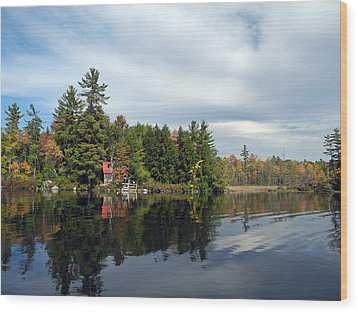 Nestled On The Far Shore Wood Print by Lynda Lehmann