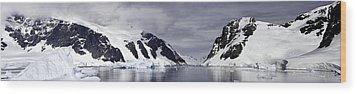 Neumeyer Channel - Antarctica Wood Print