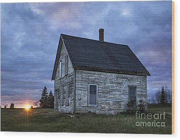 New Day Old House Wood Print by John Greim