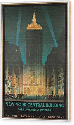 New York Central Building Wood Print by Chesley Bonestell