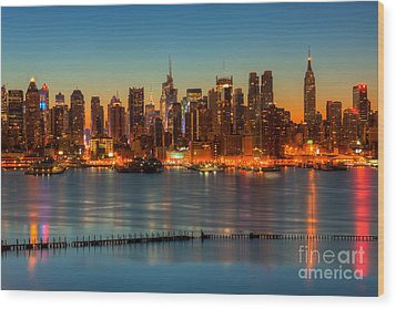 New York City Skyline Morning Twilight V Wood Print by Clarence Holmes