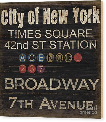 New York Subway Wood Print by Grace Pullen