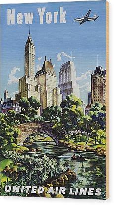 New York United Air Lines Wood Print by Mark Rogan