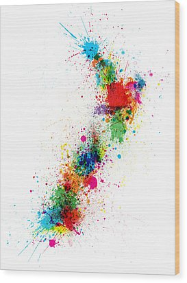 New Zealand Paint Splashes Map Wood Print by Michael Tompsett