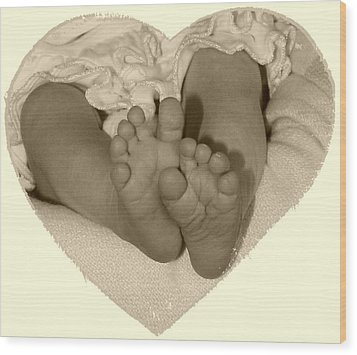 Newborn Feet Wood Print