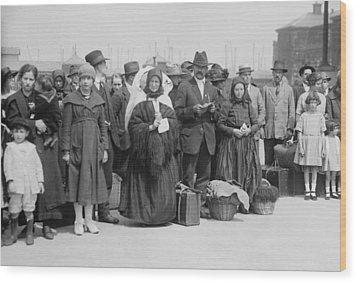 Newly Arrived European Immigrants Wood Print by Everett