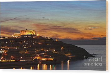 Newquay Harbor At Night Wood Print