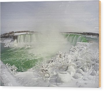 Wood Print featuring the photograph Niagara Falls Beautiful Winter Scene by Charline Xia