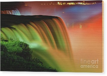 Niagara Falls Illumination Of Lights At Night Wood Print by Charline Xia