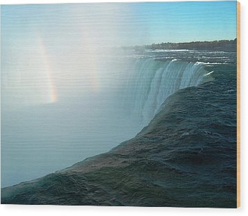 Niagara Falls Wood Print by Rita Tortorelli