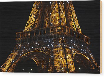 Night At The Eiffel Wood Print by Susie Weaver