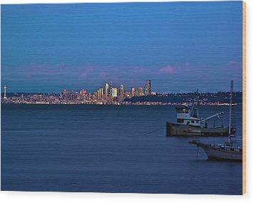 Night Descending On Seattle Wood Print by Dale Stillman