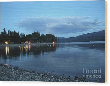 Wood Print featuring the photograph Night Fall by Victor K