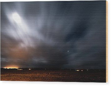 Wood Print featuring the photograph Night In Iceland by Dubi Roman