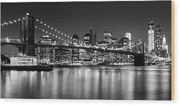 Night Skyline Manhattan Brooklyn Bridge Bw Wood Print by Melanie Viola