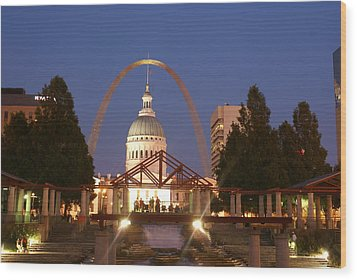 Nighttime At The Arch Wood Print by Marty Koch