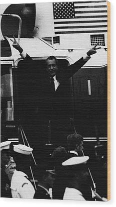 Nixon Presidency.   Former Us President Wood Print by Everett