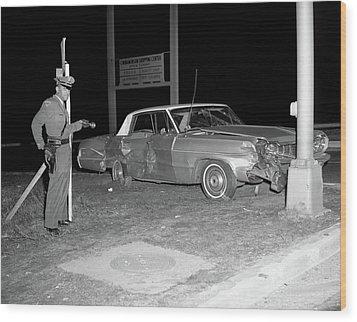 Nj Police Officer Wood Print by Paul Seymour