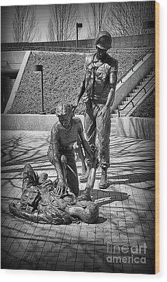 Nj Vietnam Veterans Memorial Wood Print by Paul Ward