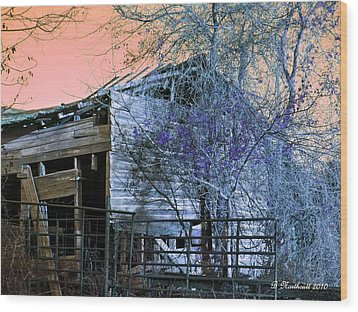 Wood Print featuring the photograph No Ordinary Barn by Betty Northcutt