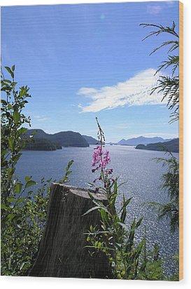 Flowers Of Nootka Sound Wood Print