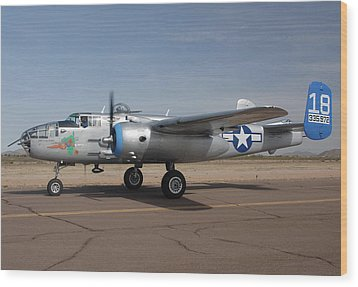 North American B-25j Mitchell Maid In The Shade N125az Casa Grande Airport Arizona March 5 2011 Wood Print by Brian Lockett