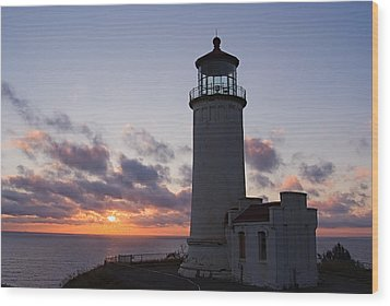 North Head Lighthouse Wood Print by Terry  Wieckert