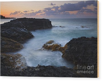 North Shore Tides Wood Print by Mike  Dawson