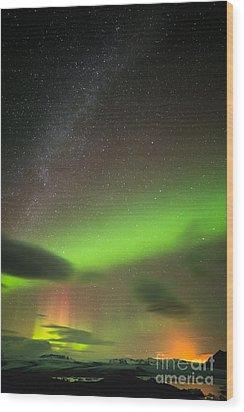 Northern Lights 8 Wood Print