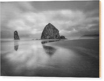 Wood Print featuring the photograph Northwest Monolith by Ryan Manuel