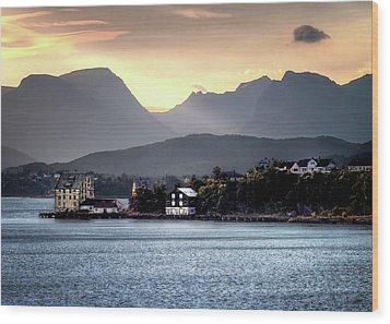 Wood Print featuring the photograph Norwegian Sunrise by Jim Hill