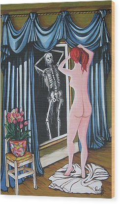Nude Beauty On The Mirrow Wood Print