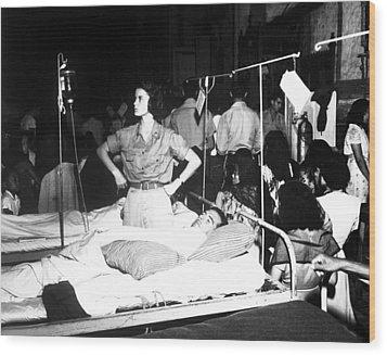 Nurse Adjusts Glucose Injection Wood Print by Stocktrek Images