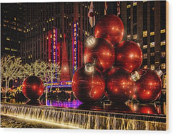Wood Print featuring the photograph Nyc Holiday Balls by Chris Lord