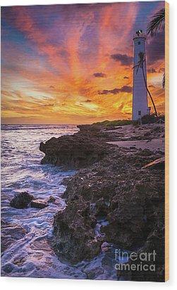Oahu Lighthouse Wood Print by Inge Johnsson