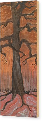 Oak Tree In The Fall Wood Print by Anna Folkartanna Maciejewska-Dyba