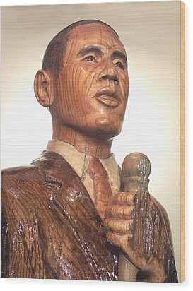 Obama In A Red Oak Log - Up Close Wood Print by Robert Crowell